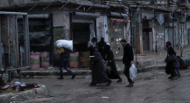 Tregua ad Aleppo, iniziata l'evacuazione di feriti e malati