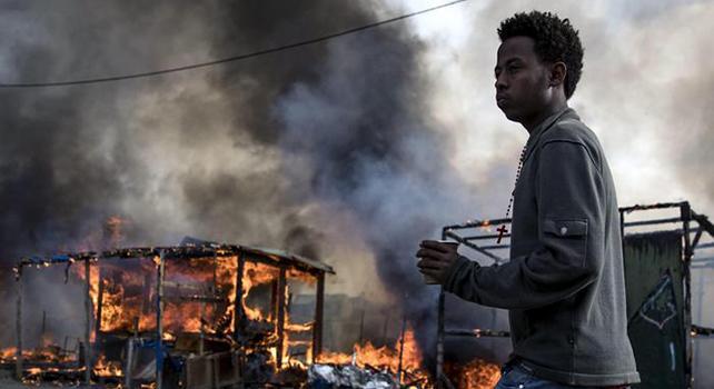 Migranti: Ong, oltre 2.000 sparsi tra Parigi e zona Calais
