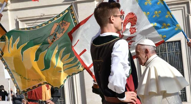 Papa Francesco: a Commissione tutela minori,