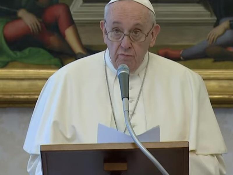 Il Papa contro gli egoisti: